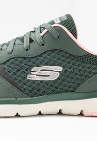 Skechers Sport - FLEX APPEAL 3.0 - Baskets basses - olive/pink - 2