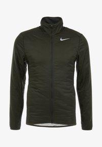 Nike Performance - AROLYR - Träningsjacka - sequoia/grey fog/silver - 9