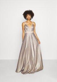 Luxuar Fashion - Vestido de fiesta - gold - 1