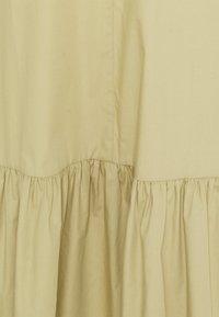 CLOSED - ILKA - Day dress - green bark - 2