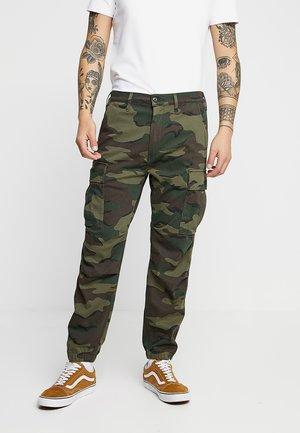 TAPERED CARGO - Pantaloni cargo - khaki