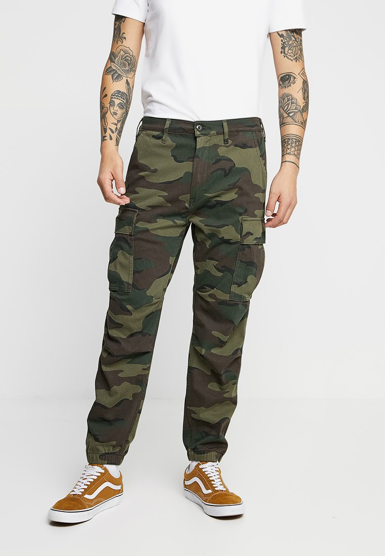 Levi's® - TAPERED CARGO - Pantaloni cargo - khaki