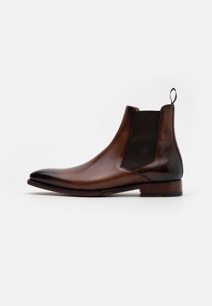 NIGUEL - Kotníkové boty - amalfi castagna