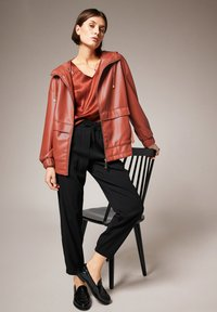 comma - Faux leather jacket - cinnamon - 5