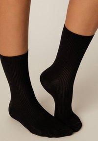 OYSHO - Socks - black - 4