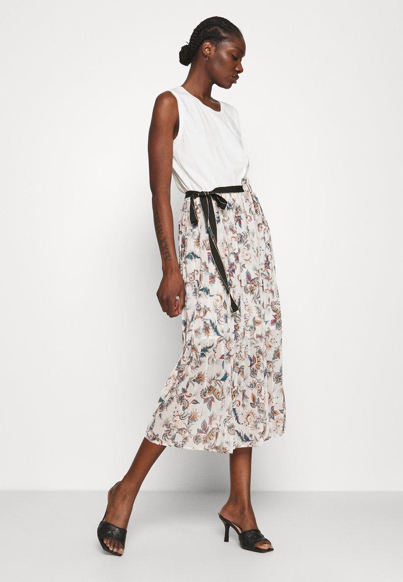 Liu Jo Jeans - ABITO - Jersey dress - offwhite