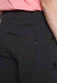 Norrøna - FALKETIND FLEX SHORTS - Outdoor shorts - caviar - 5