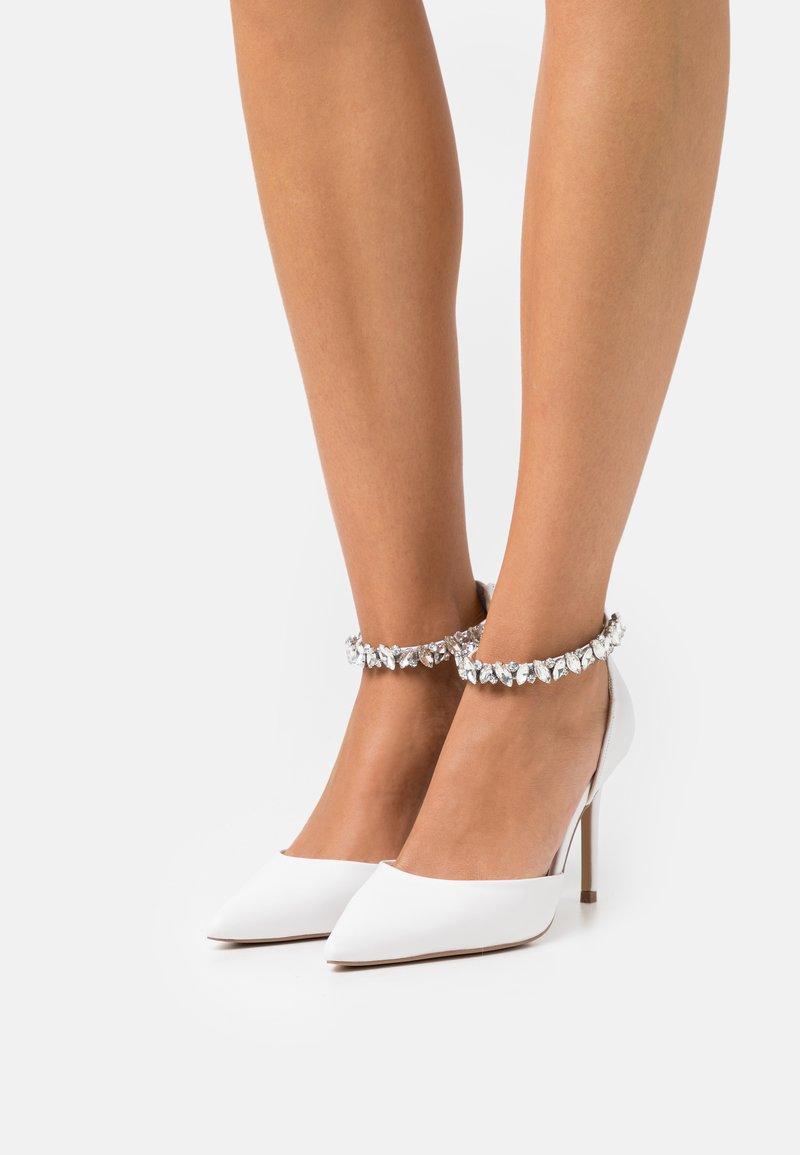 Lulipa London - DORA - Classic heels - white