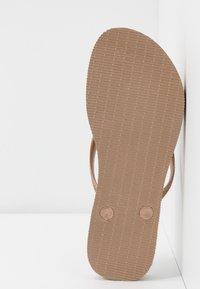 Havaianas - SLIM FIT FLATFORM ANIMALS - Pool shoes - steel grey - 6