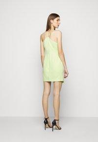 BCBGMAXAZRIA - EVE SHORT DRESS - Cocktailkjole - light green - 2