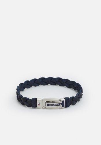 FLAT BRAIDED BRACELET - Bransoletka - blue/silver