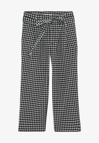 Scotch & Soda - WIDE LEG FIT PAPER BAG WAIST PANTS IN STRUCTURED CHECK - Trousers - black/white - 2