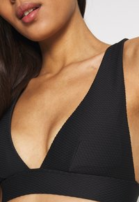Etam - VAHINE TRIANGLE - Bikini top - noir - 5