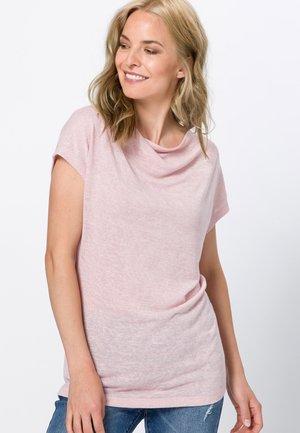 MIT WASSERFALLAUSCHNITT - Basic T-shirt - peach sorbet