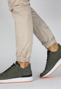 Blackstone - Matalavartiset tennarit - green - 2