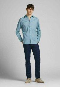 Jack & Jones PREMIUM - Formal shirt - dusk blue - 1