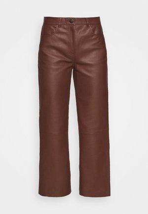 SHEENA WIDE LEG POCKETS  - Leather trousers - chocolate plum