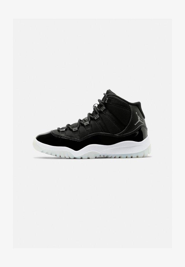 11 RETRO UNISEX - Sneakersy wysokie - black/multicolor