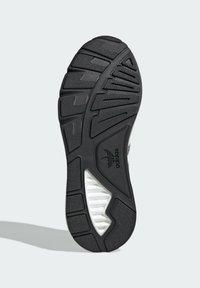 adidas Originals - ZX 1K BOOST SCHUH - Sneakers - grey - 4