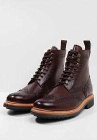 Grenson - FRED - Botines con cordones - brown - 2