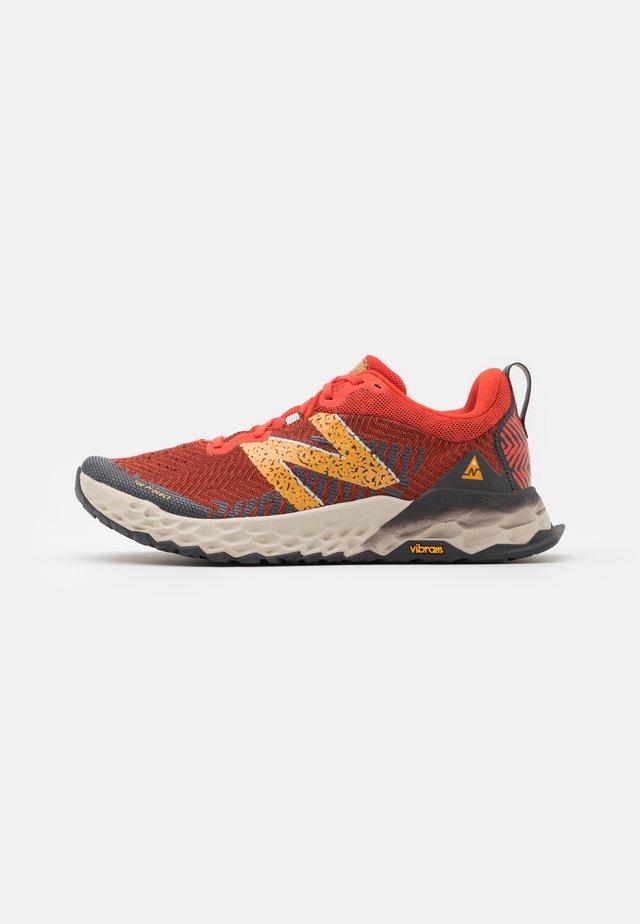 HIERRO V6 - Trail running shoes - orange