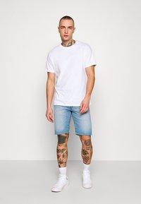 Levi's® - 501 ORIGINAL SHORTS - Szorty jeansowe - bratwurst ltwt shorts - 1