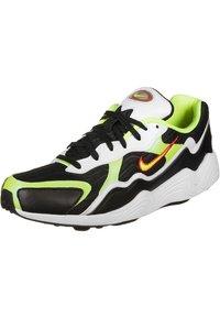 Nike Sportswear - Sneakers - black/volt-habanero red-white - 2