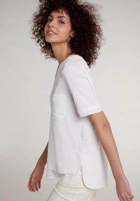Oui - Basic T-shirt - cloud dancer - 4
