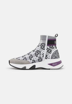 HOA  - Zapatillas altas - silver