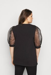New Look Curves - PEARL TRIM ORGANZA TEE - T-shirt con stampa - black - 2