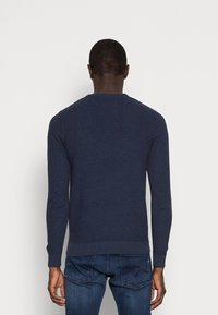 Pier One - Stickad tröja - mottled dark blue - 2
