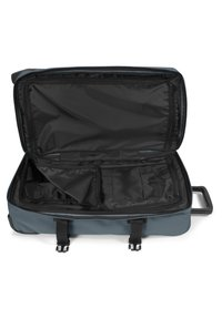Eastpak - TRANVERZ M 2-ROLLEN TROLLEY - Wheeled suitcase - afternoon blue - 2