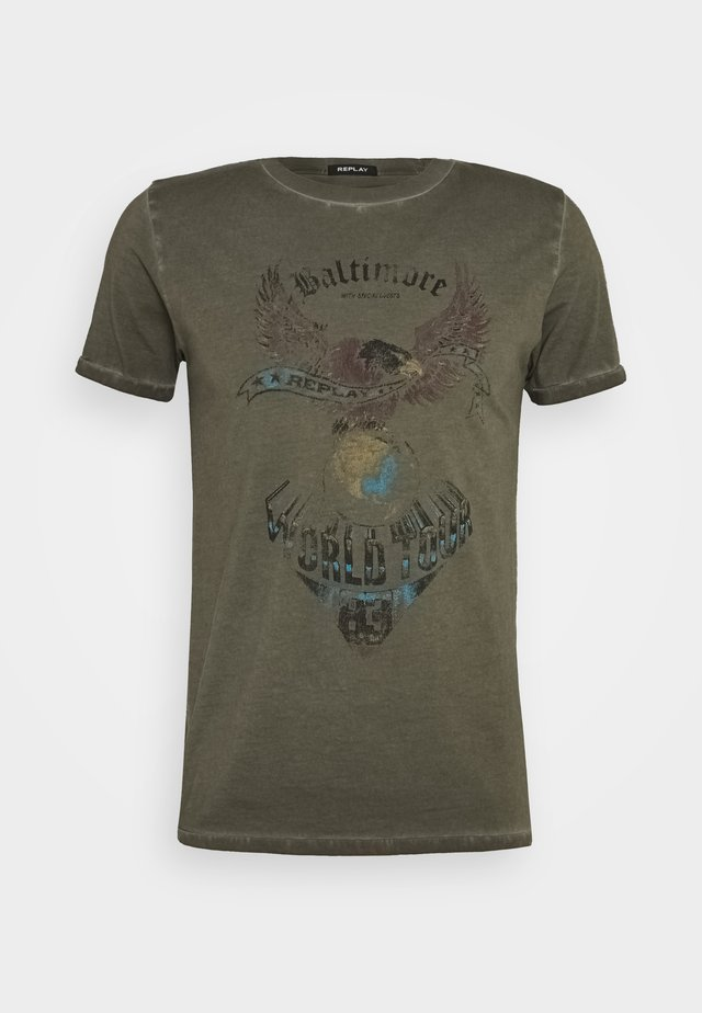 T-shirts med print - military