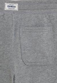 OshKosh - CINCH PANT - Teplákové kalhoty - heather - 2