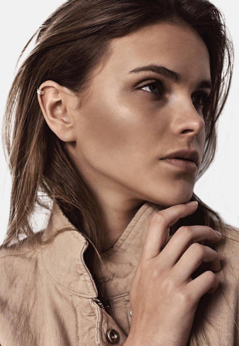 No More - FLAT UPPER EAR CUFF - Earrings - silver
