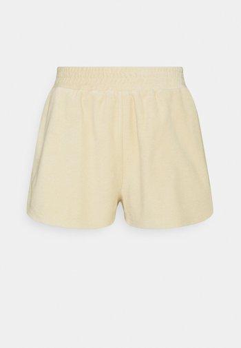 PARKER  - Shorts - marzipan