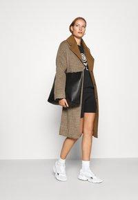 mbyM - JANASHIA - Classic coat - light brown - 1