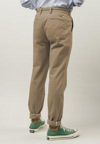 Brava Fabrics - Chinos - brown - 1