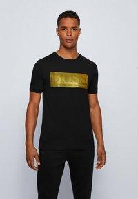 BOSS - TEE BATCH  Z - Print T-shirt - black - 0