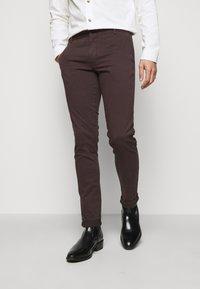Tiger of Sweden - TRANSIT - Trousers - dark chokolate - 0