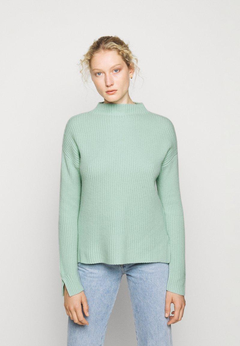 FTC Cashmere - HIGHNECK - Stickad tröja - soft pistachio