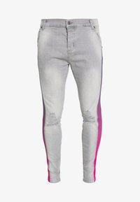 SIKSILK - LOW RISE FADE STRIPE BURST KNEE - Jeans Skinny Fit - grey - 3