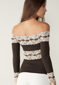 Intimissimi - PRETTY FLOWERS - Long sleeved top - braun - coffee brown - 1