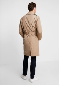 Tommy Hilfiger - HOODED TRENCHCOAT - Trenchcoat - grey - 3