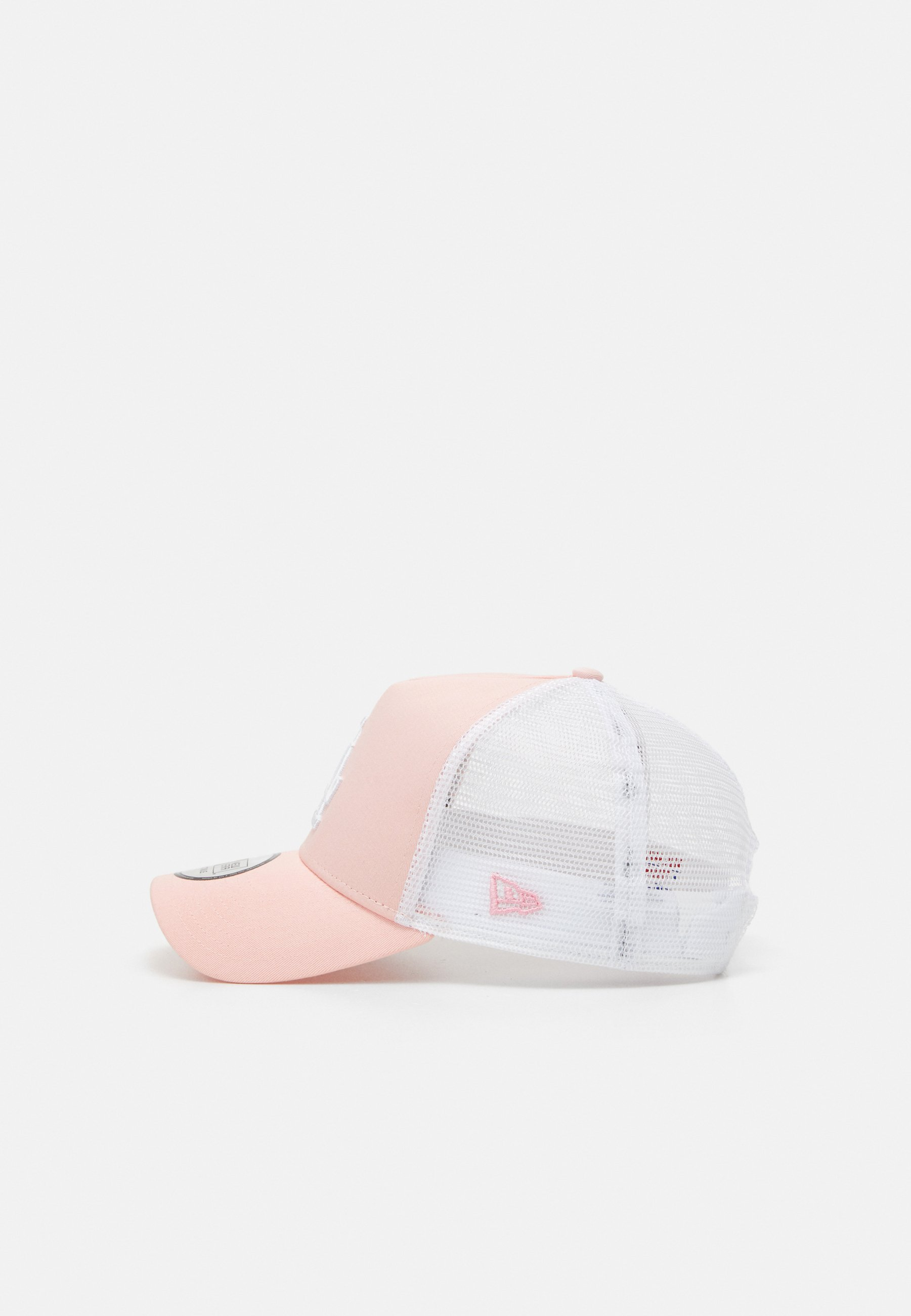 New Era LEAGUE ESSENTIAL TRUCKER - Cap - pink/white/rosa W6srnvtIDfUbwrm