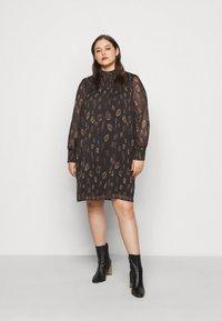 Vero Moda Curve - VMFANT O-NECK DRESS - Day dress - phantom - 0
