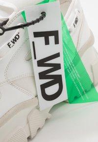 F_WD - Trainers - gommato white/cristallo - 5