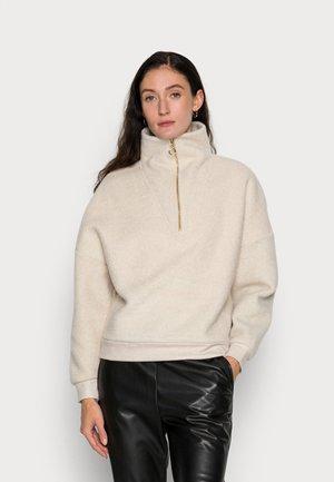 Sweatshirt - pearl white