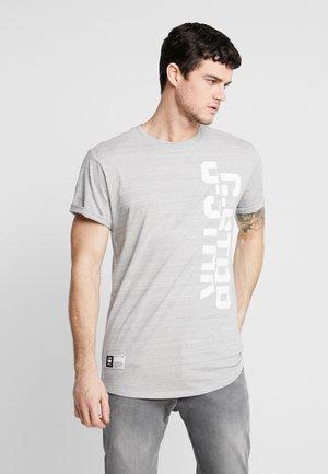 LASH GR - Triko spotiskem - light grey