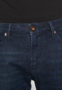 Emporio Armani - POCKETS PANT - Slim fit jeans - dark-blue denim - 4
